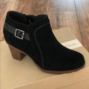 Clarks Sashlin Ester suede boot
